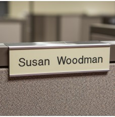 Cubicle Nameplates With Frame - 8W x 2H - 1 Line